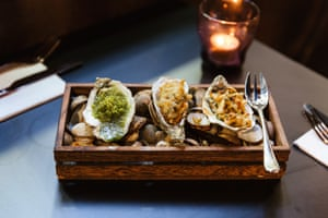 Una selección de ostras del nuevo pub Leeds KIrkgate Market, The Owl.
