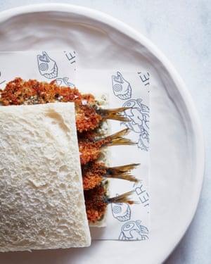 Josh Niland Sandwich de sardina con pimienta El libro de recetas de pescado entero