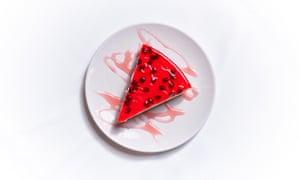 """""""Irá"""": tarta de queso con granada."""