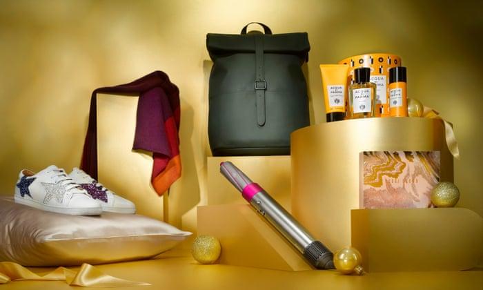 Cachemir, colonia y rulos: su guía de regalo esencial para la moda, la belleza y el aseo personal | Dones de maravilla
