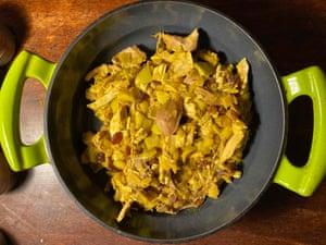 El pavo al curry de Delia Smith es un asunto decididamente retro.