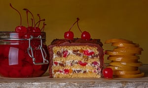 Tarta de queso siciliana Cassata Siciliana Hojas de nuez Estilo de comida: Henrietta Clancy OFM Libro de cocina clásico Comida para observadores Mensual
