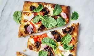 Pizzas de pan plano