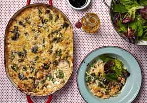 Macarrones de Thomasina Miers, anchoas y brócoli morado.
