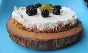 Mantenlo fresco ... el pastel de queso sin hornear de Felicity Cloake.