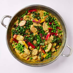 Nueva papa, acelgas y coco al curry