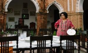 Asma Kahn en la serie 6 de la mesa del chef.