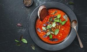 Comience con una sopa y conviértala en un estofado.