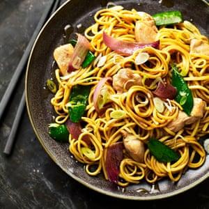 Pollo Chow Mein.