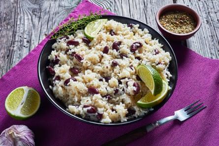 Una versión simple de arroz y guisantes.