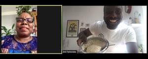 Ampliar imágenes de la cocina de Jimi Famurewa y su madre diciéndole