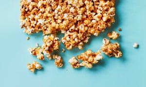 Es una maravilla: Liam Charles Honey Caramel Popcorn.