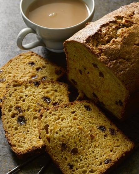 Pan de té con pasas y calabaza de Hugh Fearnley-Whittingstall.