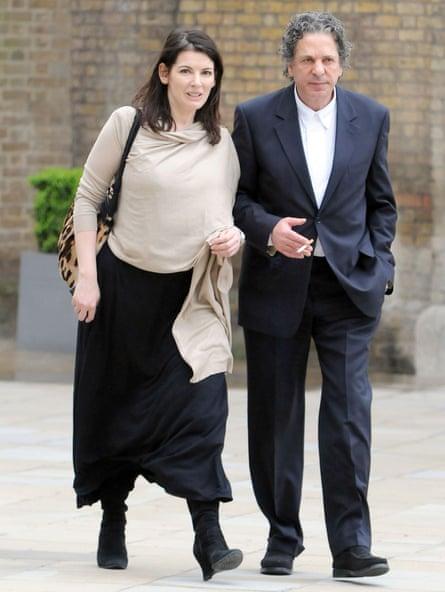 Nigella Lawson con su segundo esposo Charles Saatchi en 2009.