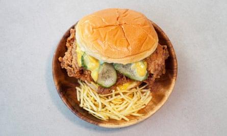 """""""Inmediatamente gratificante"""": sándwich de pollo."""