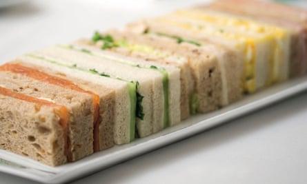 Sándwiches de té de Claridge.