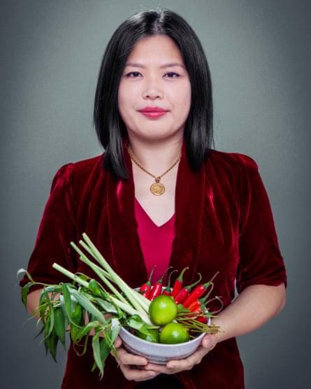 Mandy Yin, chef y propietaria de Sambal Shiok y Nasi Economy Rice, en el norte de Londres.