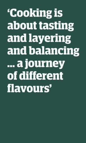 """Cita: """"Cocinar es probar, combinar y equilibrar ... un viaje de diferentes sabores"""""""