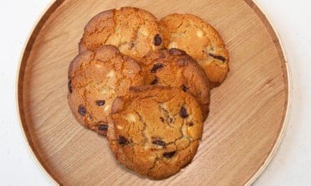 """""""Delicioso chocolate crujiente y húmedo"""": galletas con chispas de chocolate."""