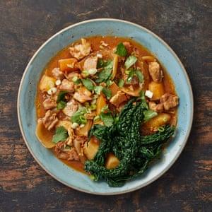 Chantelle Nicholson Lamb Gochujang Hotpot con verduras de invierno