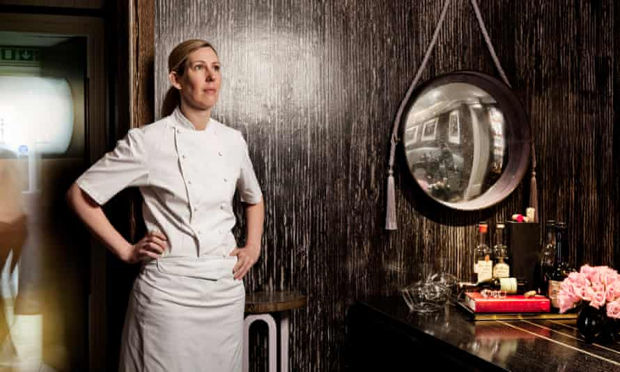 Clare Smyth retratada en el restaurante Gordon Ramsay, London SW3