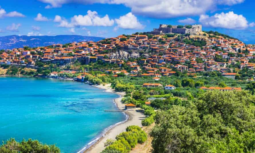 Vista del pueblo de Molyvos (Molivos), Lesbos.