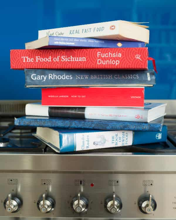 """""""He aprendido que los libros de cocina son útiles. ¿Sabías? ¿Por qué no me lo dijiste? """""""