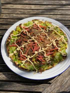 Harina udon por favor: okonomiyaki de Nancy Singleton Hachisu.