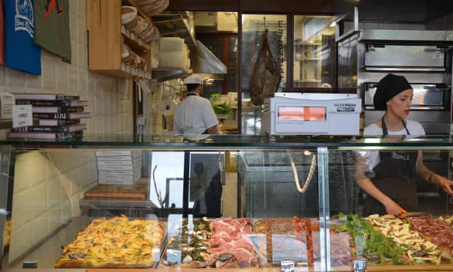 Pizza al taglio en Gabriele Bonci, Roma