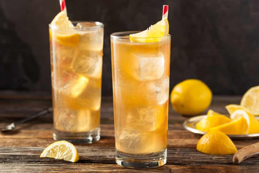 Para una versión con sabor de té helado y limón, pruebe Arnold Palmer de Missy Flynn.