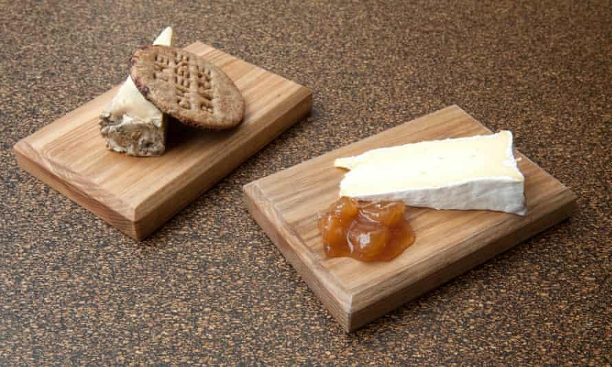 """Bandejas de queso en The Cheese Barge: """"Realmente usa algunas de las mejores cosas del Reino Unido. """""""