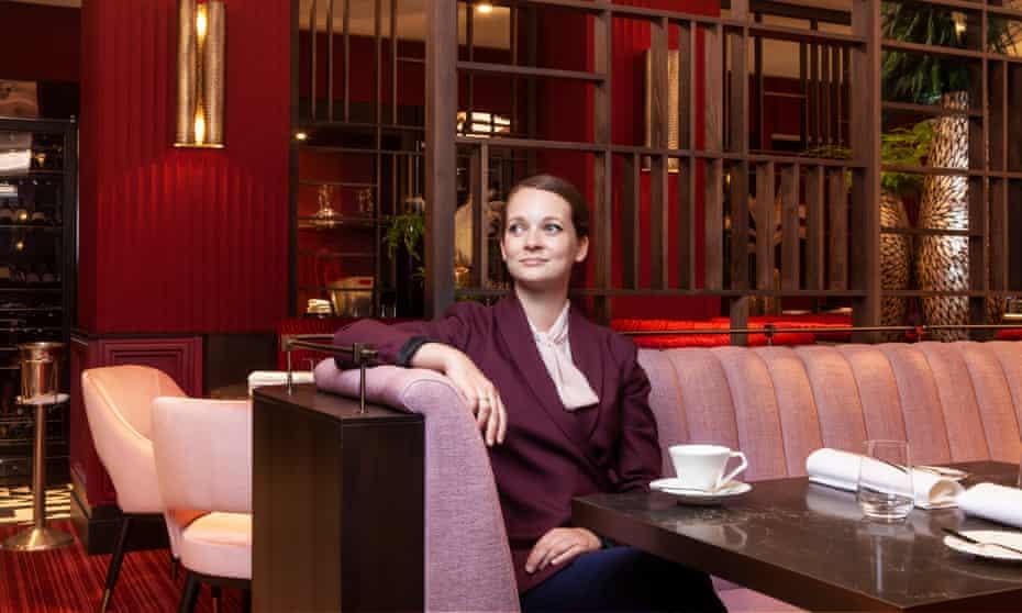 Emma Underwood, directora general de Pem retratada en Pem, St James, Londres