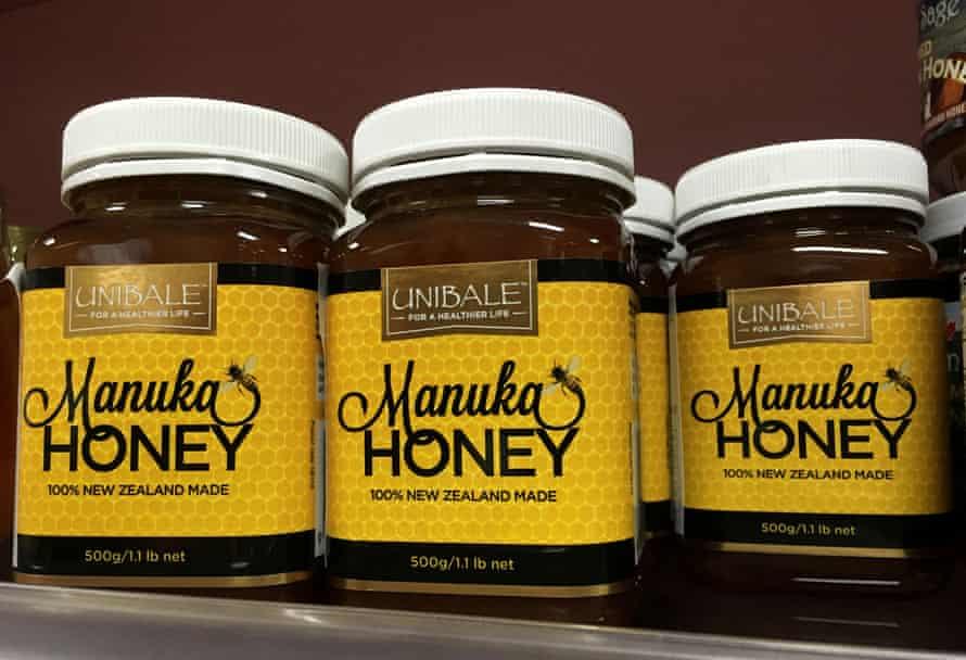 Productos de miel de Manuka en un supermercado en Beijing, China
