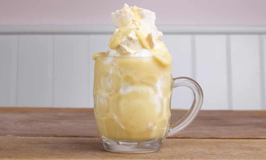 """Limpiador del paladar"": helado de merengue de limón."