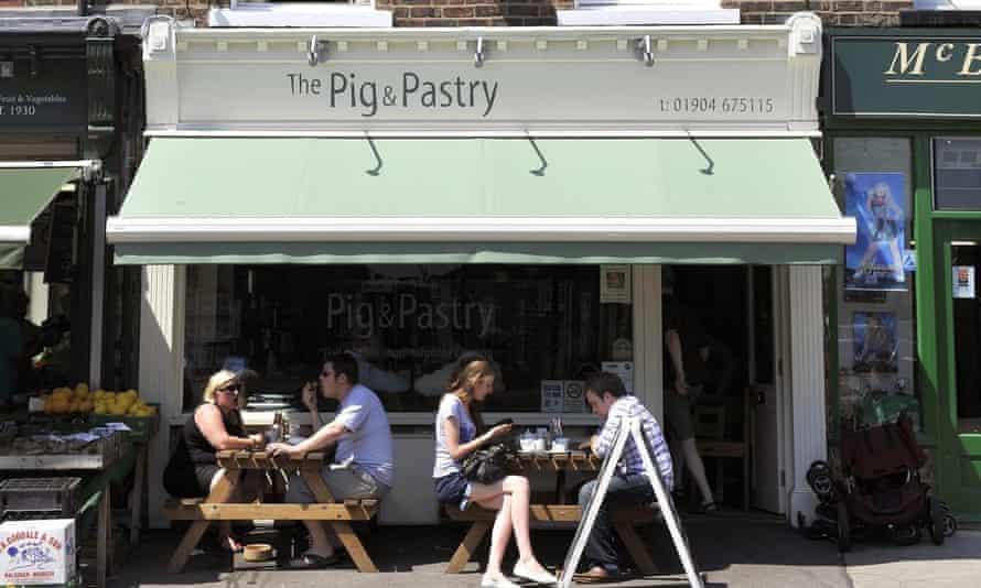 El cerdo y la pastelería York